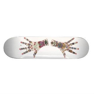Mains celtiques et traditionnelles de Mehndi Skateboards