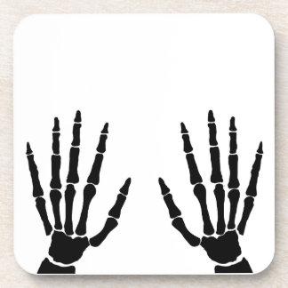 Mains d'os d'isolement sous-bock