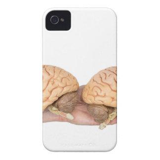 Mains tenant l'esprit humain modèle sur le blanc coques Case-Mate iPhone 4