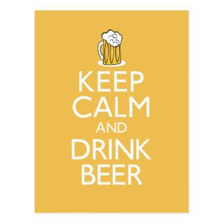 Maintenez bière calme et de boissons carte postale