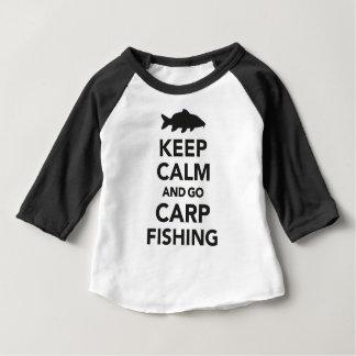 """""""Maintenez calme et allez dessus de pêche de T-shirt Pour Bébé"""