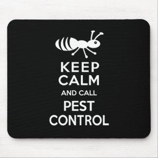 Maintenez calme et appelez la lutte contre les tapis de souris