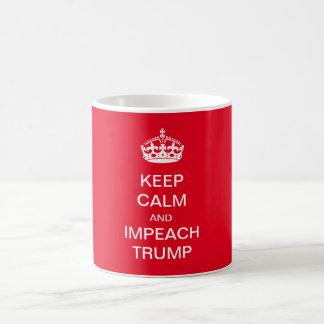 Maintenez calme et attaquez l'atout mug