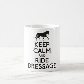 Maintenez dressage calme et de tour mug