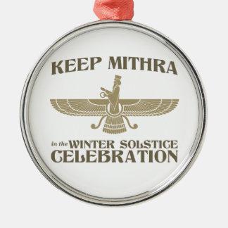 Maintenez Mithra dans la célébration de solstice Ornements De Noël
