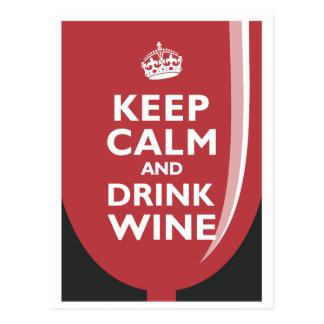 Maintenez vin calme et de boissons carte postale