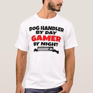 Maitre-chien de chien de Gamer T-shirt