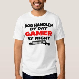 Maitre-chien de chien de Gamer T-shirts