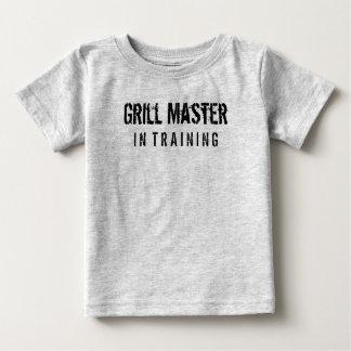 Maître de gril dans la formation t-shirt pour bébé