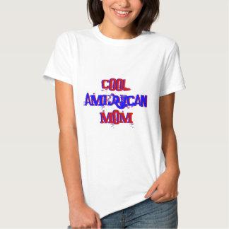 Maman américaine fraîche II non disponible T-shirts