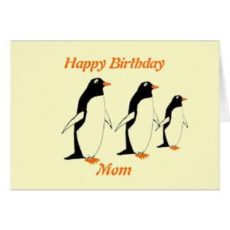 Maman de carte d'anniversaire de pingouins