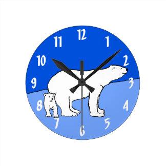 Maman et CUB d'ours blanc Horloge Ronde