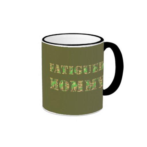 Maman fatiguée tasse à café