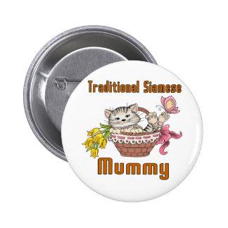 Maman traditionnelle de chat siamois badge