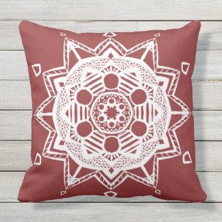 Mandala de canneberge coussin décoratif