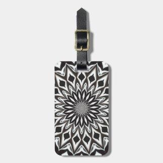 Mandala décoratif noir et blanc étiquettes bagages