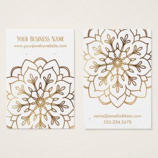 Mandala d'or et cartes blanches d'affichage de