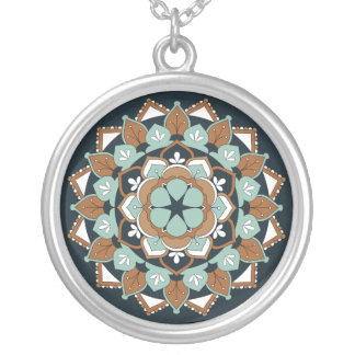 Mandala floral coloré 060517_1 collier