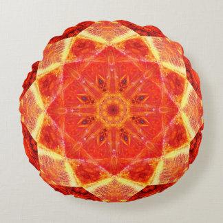 Mandala orange d'étoile coussins ronds