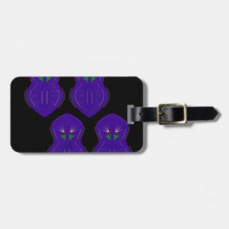Mandalas de luxe pourpres sur le noir étiquette à bagage