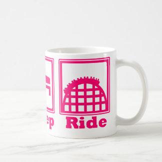 Mangez, dormez, et montez (des montagnes russes) - mug