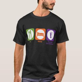 Mangez la dermatologie de pratique en matière de t-shirt