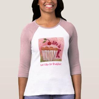 Mangez le gâteau pour le T-shirt de petit déjeuner