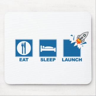 Mangez le lancement de sommeil tapis de souris