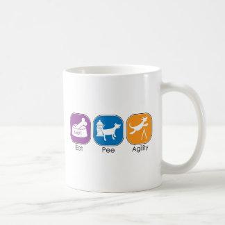 Mangez le pipi d'agilité de sommeil mug