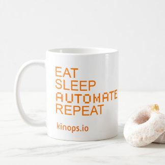 Mangez le sommeil automatisent la tasse