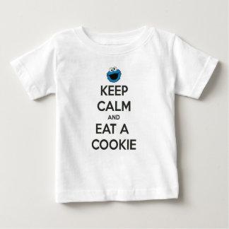 Mangez une pièce en t de biscuit t-shirt pour bébé