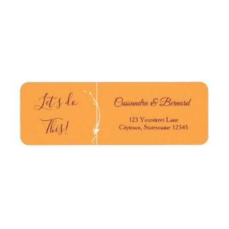Mangue et étiquette de adresse de retour pourpre