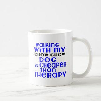 Marche avec mes conceptions de chien de bouffe de mug