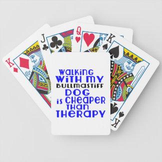 Marche avec mes conceptions de chien de cartes à jouer