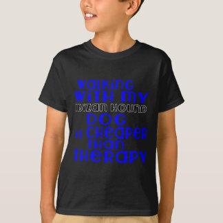Marche avec mes conceptions de chien de chasse t-shirt
