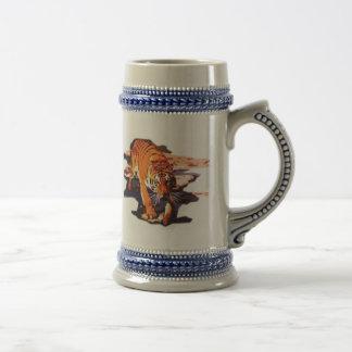 Marche de tigre chope à bière