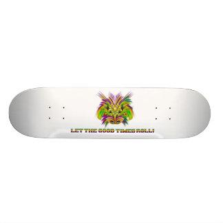 Mardi-Gras-Mask-The-Queen-V-2 Skateboard Old School 18,1 Cm