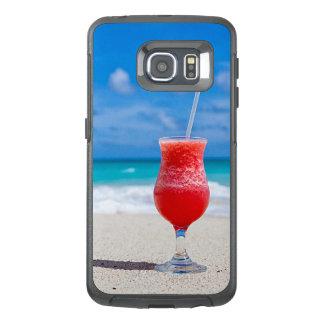 Margarita rouge de fraise d'été tropical de plage
