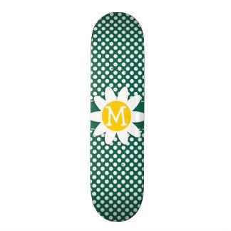 Marguerite mignonne ; Pois de vert de bouteille Skateboards Personnalisés
