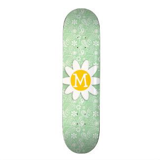 Marguerite mignonne sur le Celadon Paisley Skateboards Personnalisables