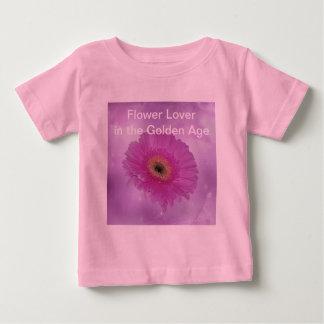Marguerite rose et pourpre de gerber t-shirts
