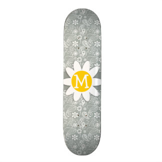 Marguerite sur le gris de cendre ; Paisley gris Skateboards Personnalisables