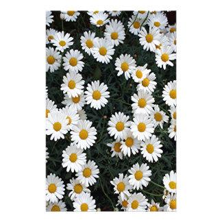 Marguerites jaunes et blanches papier à lettre customisable