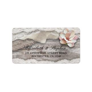 Mariage campagnard floral de dentelle en bois étiquette d'adresse