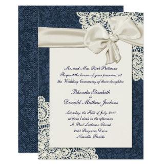 Mariage chic de dentelle de damassé et d'ivoire de carton d'invitation  12,7 cm x 17,78 cm