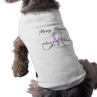 Mariage décoré d'un monogramme de porteur d'allian t-shirt pour chien