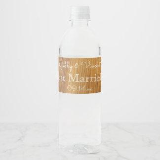 Mariage en bois de grange rustique étiquette pour bouteilles d'eau