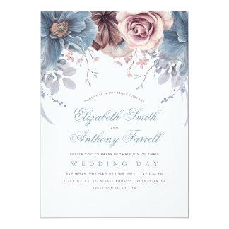 Mariage floral bleu et mauve poussiéreux carton d'invitation  12,7 cm x 17,78 cm