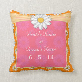 Mariage floral rose et blanc orange mignon de coussin