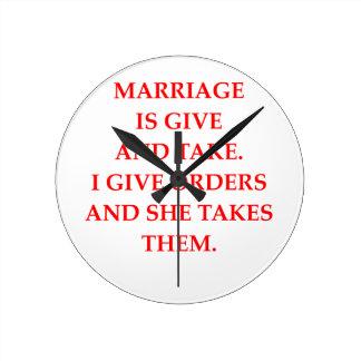 mariage horloge ronde